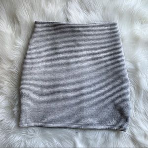 Wilfred Free Gray Skirt | Aritzia